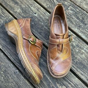 Josef Seibel leather loafers size 41/fit like a 40